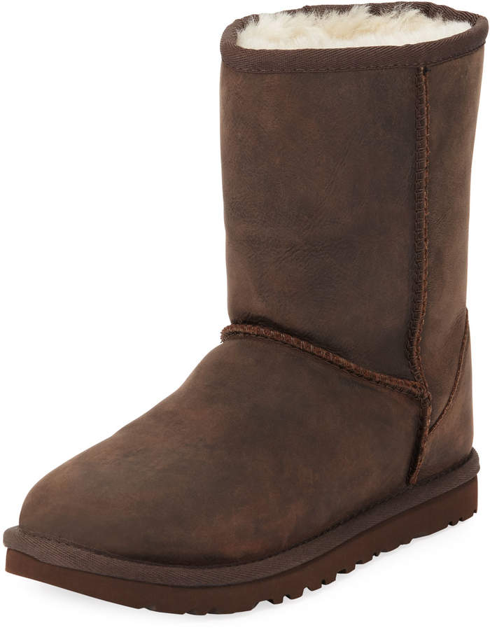 a350a027acd Classic Short Leather Boots