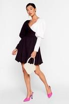 Nasty Gal Womens Struttin' Our Puff Sleeve Wrap Dress - black - 4