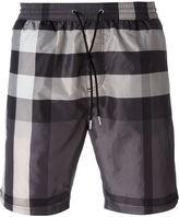 Burberry checked swim shorts - men - Polyester - XS