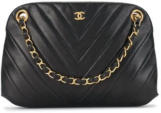 Chanel Pre Owned 1998 Chevron quilt shoulder bag