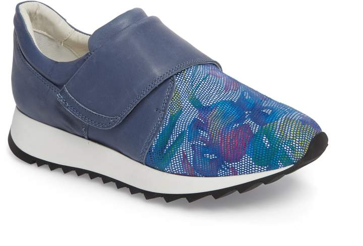 Amalfi by Rangoni Danza Wedge Sneaker