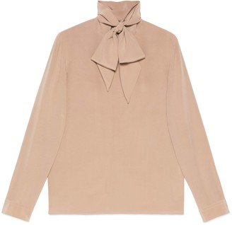 Gucci Silk crepe shirt with self tie