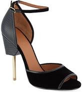 kim kardashian  Who made  Kim Kardashians blazer and velvet sandals that she wore in Paris?