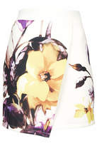 beyonce knowles  Who made  Beyonce Knowles white floral bra top and wrap skirt?