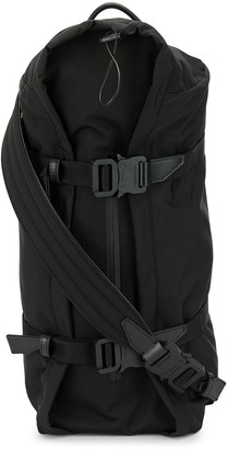 Alyx Sleepy sling bag