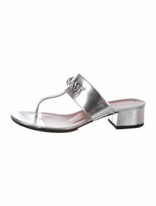 Gucci Horsebit Accent Leather T-Strap Sandals Silver
