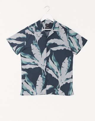 Selected revere collar shirt with leaf print
