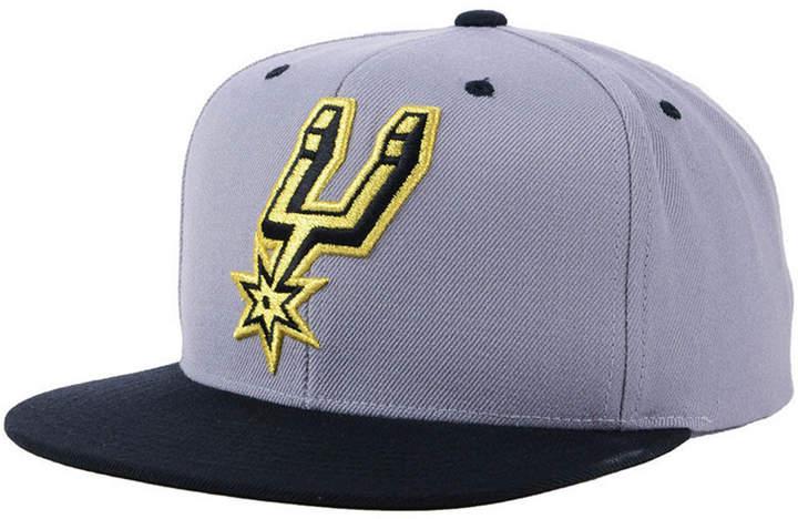 Mitchell & Ness San Antonio Spurs Black & Gold Metallic Snapback Cap