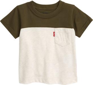 Levi's Colorblock Cotton Pocket T-Shirt