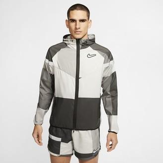 Nike Men's Running Jacket Windrunner Wild Run