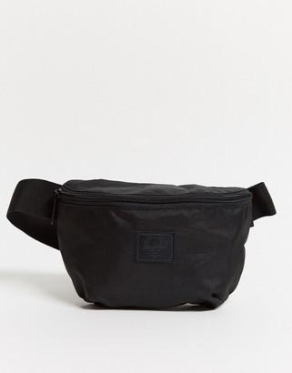 Herschel Fourteen Light black bum bag