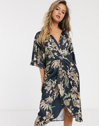Hope & Ivy kimono wrap dress in blue floral-Multi