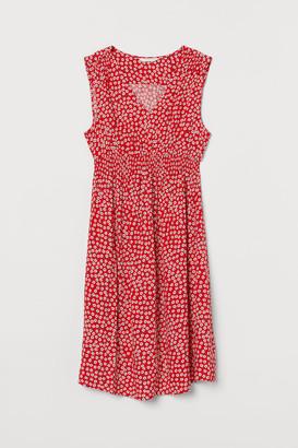 H&M MAMA Smocking-detail dress