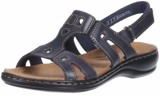 Clarks womens Leisa Annual flats sandals