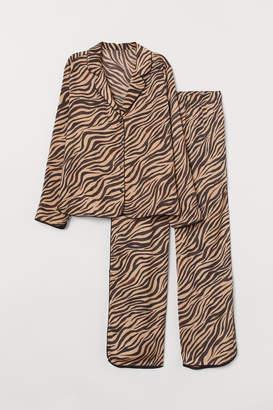 H&M Pyjama shirt and bottoms