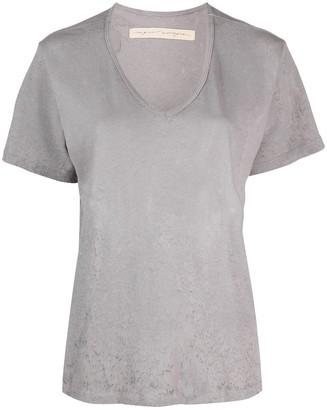 Raquel Allegra distressed effect V-neck T-shirt