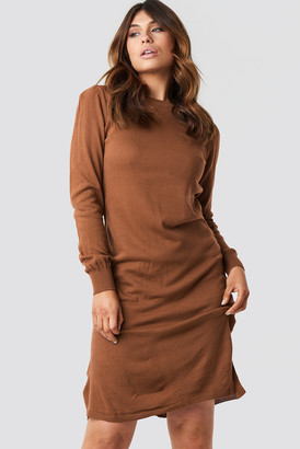 Trendyol Tile Round Neck Midi Dress Brown