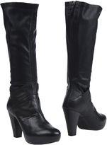 VIC Boots - Item 11224895