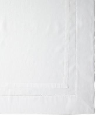 "Sferra Tipton Oblong Tablecloth, 66"" x 140"""
