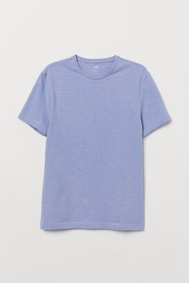 H&M Slim Fit Round-neck T-shirt