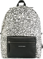 Alexander McQueen leopard print backpack - men - Leather - One Size
