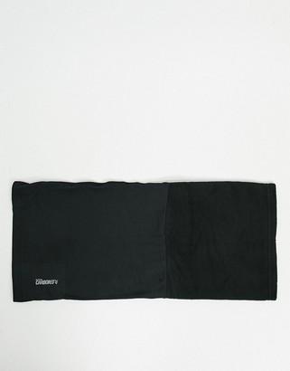 Surfanic neck warmer in black
