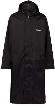 Vetements Copyright Raincoat
