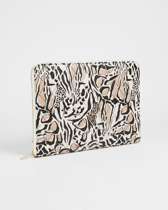 Ted Baker Giraffe Quilted 15inch Laptop Case