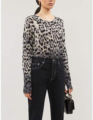 360 Cashmere Juliana leopard-intarsia crewneck cashmere jumper