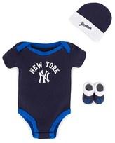 New York Yankees Majestic Athletic Gift Set