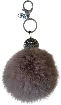 Non Signé / Unsigned Non Signe / Unsigned Grey Mink Bag charms