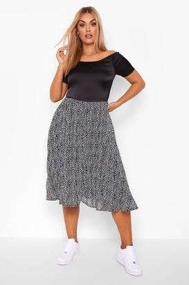 boohoo Plus Bardot Contrast Leopard Pleated Midi Dress