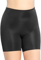 Spanx Plus Power Conceal-Her Mid-Thigh Shorts
