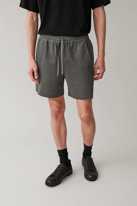 Cos Patch Pocket Shorts