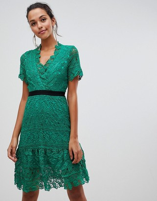 Liquorish lace dress with contrast waistband-Green