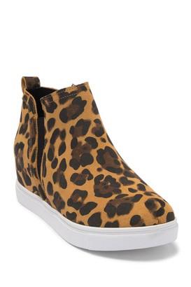 Blondo Georgette Waterproof Hidden Wedge Sneaker