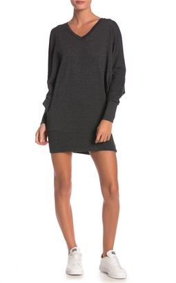 Go Couture Solid V-Neck Tunic Sweater Dress