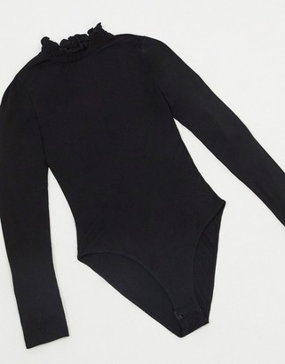 New Look ribbed turtleneck long sleeved bodysuit in black