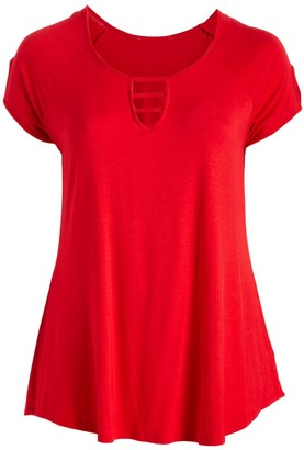Peek A Boom Peek-a-BOOM Women's Tee Shirts RED - Red Ladder-Accent Short-Sleeve Swing Top - Plus