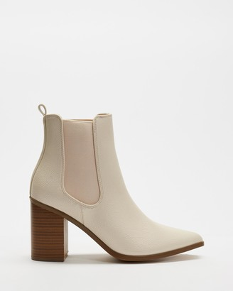 Spurr Women's White Chelsea Boots - Ally Ankle Boots - Size 5 at The Iconic