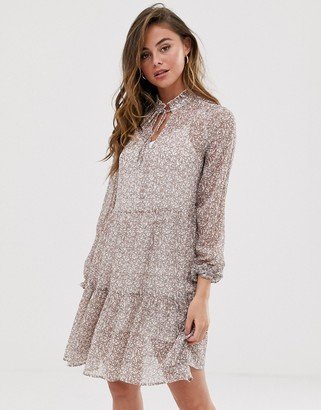 New Look tiered smock dress in white ditsy floral