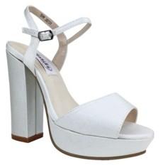 Dyeables Whitta Platform Sandal Women's Shoes