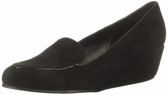 Kenneth Cole Reaction Women's Tip Wedge Pump Loafer