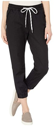 Jet Set Levi's(r) Womens Joggers (Comfy Black) Women's Jeans