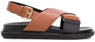 Marni Cross-Strap Fussbett Sandals