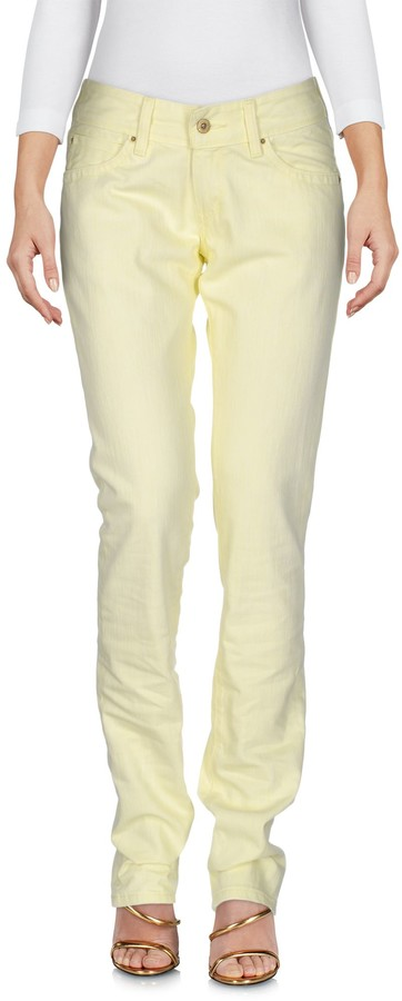 Levi's Denim pants - Item 42622509