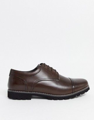 Red Tape leather toe cap shoe in brown