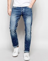 Jack and Jones Classic Wash Jeans in Slim Fit