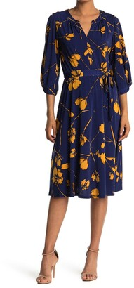 Donna Morgan Notched Bubble Sleeve Dress