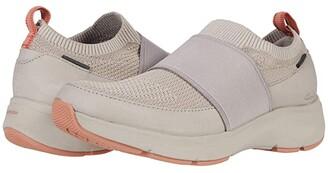Clarks 2.0 Step (Stone Nubuck/Textile Combination) Women's Shoes